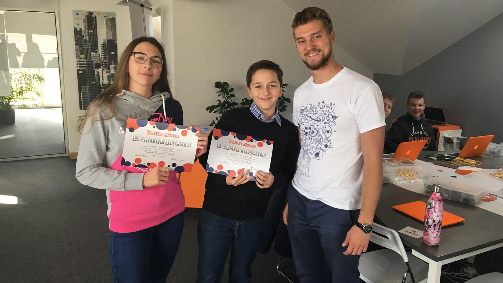 FUTURA Innovative Education organizes plenty of coding workshops. Each pupil gets a certificate after attending a workshop.